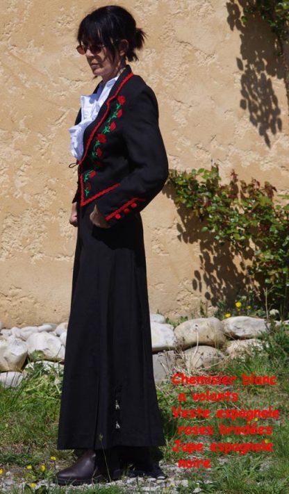 veste et jupe espagnoles